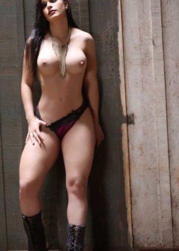 Isabela Miller